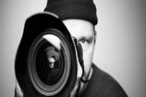 صحفي - كاميرا