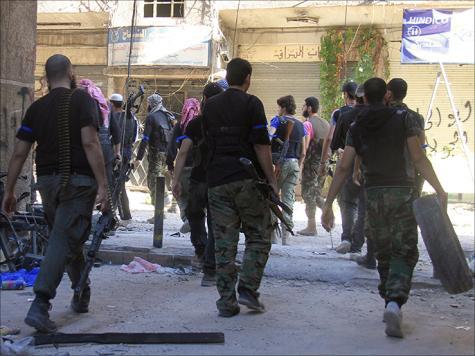 الثوار يعلنون معركة جديدة بريف دمشق لمساندة زملائهم في داريا والمعضمية (الفرنسية)