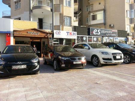 """تجار حلب أول من أدخل """"البورش"""" إلى ريحانية تركيا - الصورة: سيارات سورية للبيع في تركيا"""
