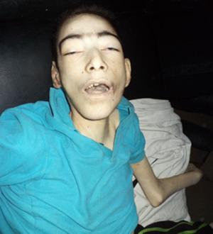 صورة الشهيد الطفل عمار عرفة