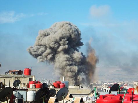 قوات الأسد تواصل قصف المدن والبلدات السورية بمختلف أصناف الأسلحة