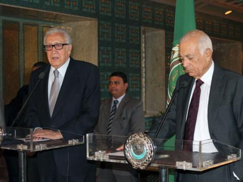 العربي خلال مؤتمر صحفي مع الإبراهيمي في القاهرة