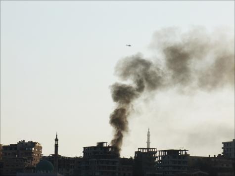 جانب من مشهد القصف على بلدة الهامة في أول أيام عيد الأضحى المبارك
