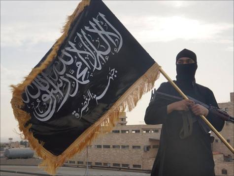 أبو عمير: أي مقاتل على الأرض أهم لدينا من المجلس الوطني والائتلاف جميعا (الجزيرة)