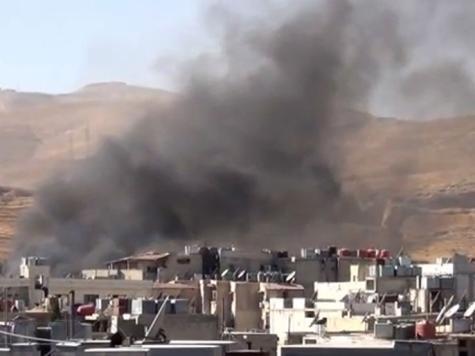دخان منبعث إثر قصف معضمية الشام بريف دمشق