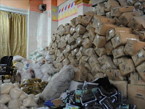 مواد إغاثة بمخازن المكتب الإغاثي لحركة أحرار الشام