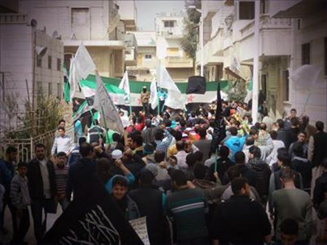 واحدة من المظاهرات التي اشتهرت بها أحياء حماة